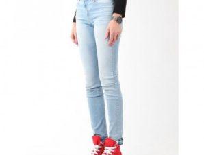 Wrangler Skinny Sunkissed Jeans W W28KLE86K